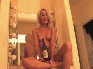 brunette fucking, vibrator clip, naked fucking