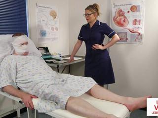 Britisch krankenschwester voyeur instructing sub patient: kostenlos porno 53