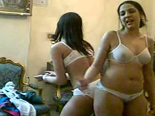Hot Ass And Boobs Shaking On Videochat