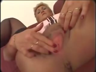 Hairy Mature in Stocking, Free Mature Channels Porn Video 3b