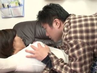 Tahapaknà jepang mother gets abuse by her boy