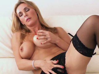 Tanya-t - порно відео 861