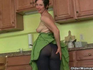 Mom's 秘密 masturbation テクニック