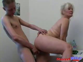 Russisk sexy bestemor lena og slava