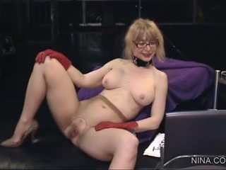 Sexy Justine Jolie Goes Down On...