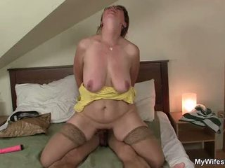 She finds her mom and husband fucking