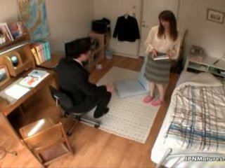 Gorgeous Milf Gets Horny While Boy Part2