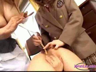 مفلس الآسيوية milking لها الثدي تلميذة getting حليب حقنة شرجية t