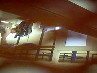 nominale voyeur film, vol hidden cam actie, kijken locker room tube