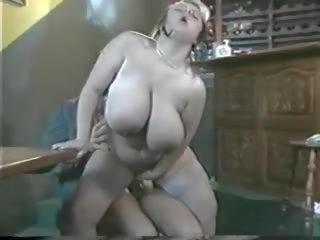 geneukt thumbnail, grote natuurlijke tieten film, groot duits porno