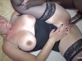 Stupid German Mature Fuck by Refugee and His Friend Film