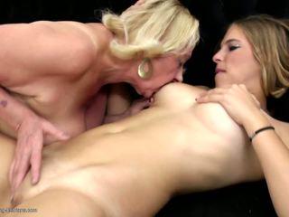 Sweet Lesbo Couple Granny Fucks Young Girl: Free HD Porn 1c