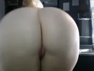 Who is She: 18 Years Old & Amateur Porn Video 08