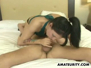 Amateur girlfriend hot blowjob with cum in mouth