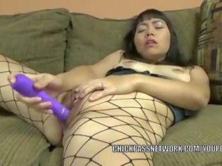 Asian Hottie Yuka Ozaki Uses a Dildo to Make Herself Cum