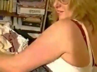 online striptease mov, meest gilf, mooi wijnoogst