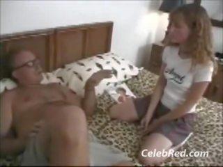 Molly rome sexe avec vieux homme
