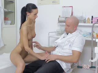 Slutty Martina Visits And Sucks Dirty Doctor