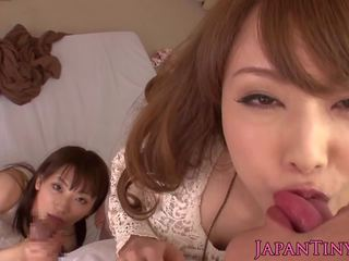 Japanese Petites Jerking Together in Threeway: Free Porn cb