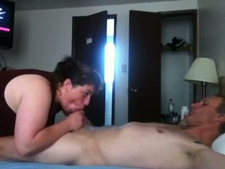 Dude films his girlfriend on web cam