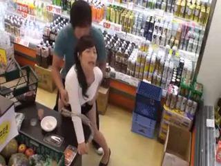 Apa adalah yang nama daripada yang lepas gadis? panas warga asia remaja awam amatur seks dalam kedai
