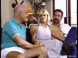 pijpen, heetste trio scène, kijken anaal gepost