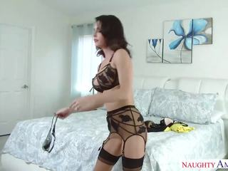 Pretty Step Mom Jessica Jaymes loves hot son