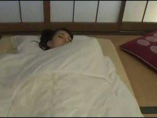 E bukur japoneze bashkëshorte - masturbation
