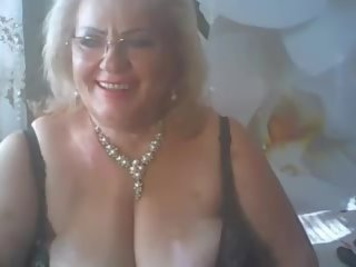 Sexy chubby nude slut
