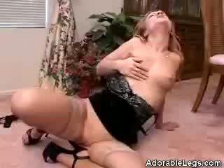 Leggy Jessica Masturbates For You