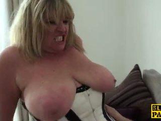 plezier spuitende thumbnail, nieuw brits seks, oma