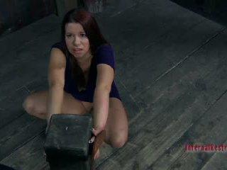 Sarah blake getting nailedsomething twisted yra apie į atsitikti į sarah blake2