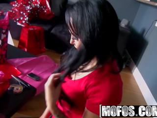 Mofos - Pervs on Patrol - Miya Monroe - Peeking Thru a