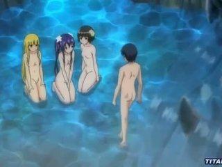 A jälk orgia juures a peidetud lagoon