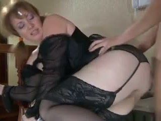 Horny Slut MILF: Free Amateur Porn Video 0a