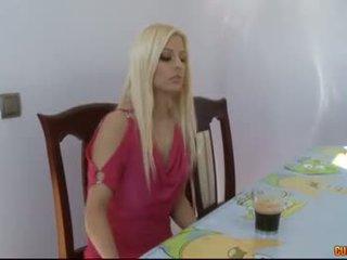 Flămând sperma eaters-jessie volt