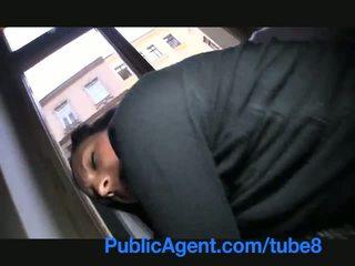 Publicagent 彼女 flashes 彼女の おっぱい 上の ザ· ストリート 前 セックス