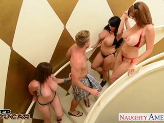Cougars charlee chase, holly halston และ sara jay ร่วมเพศ