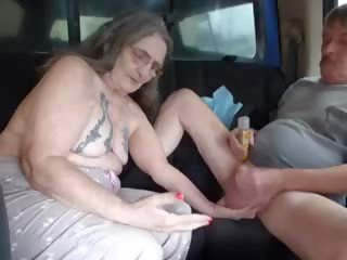 grannies neuken, alle matures, heet handjobs