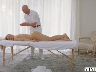 grote tieten klem, massage film, nieuw creampie
