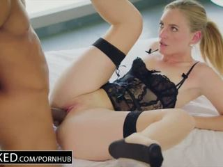 BLACKED Hot wife cuckolds hubby with young black neighbor - Porn Video 611
