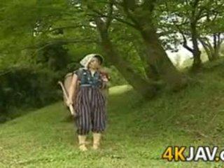 Staromodno japonsko fukanje outdoors