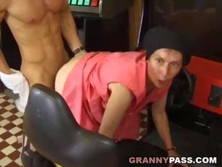 ideal granny porn