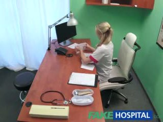 Fakehospital sexy asistenta wants o quick la dracu