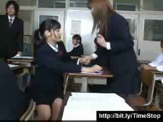 Japānieši apstāties laiks skola meitenes