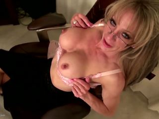 more big boobs rated, check grannies fun, ideal matures hottest