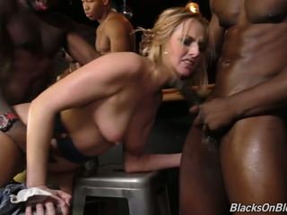 Bar Girl Kate England Offer all Three Holes to Black...