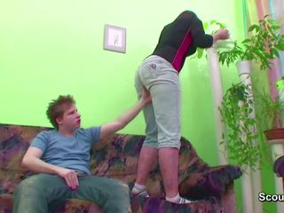 Muda laki-laki merayu friends mama untuk mendapatkan pertama apaan: resolusi tinggi porno b1