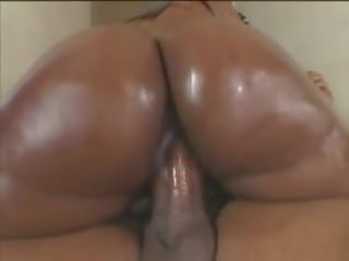 Juicy Wet Asses 2: Free Wet Juicy Porn Video 11