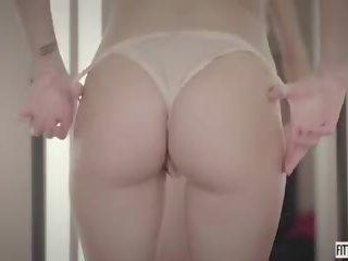 nominale blondjes kanaal, kijken masturbatie scène, een lingerie